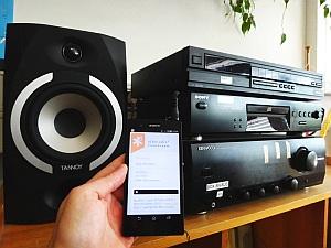 Angeschlossen an die Stereoanlage, versprciht der Webstream vollen Klanggenuß